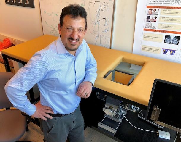 Sztuczna inteligencja i mikrofale dla bezpieczniejszej diagnostyki raka piersi
