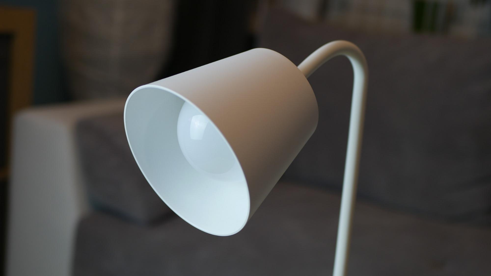 Nous Smart Lamp S2 / fot. Kacper Żarski