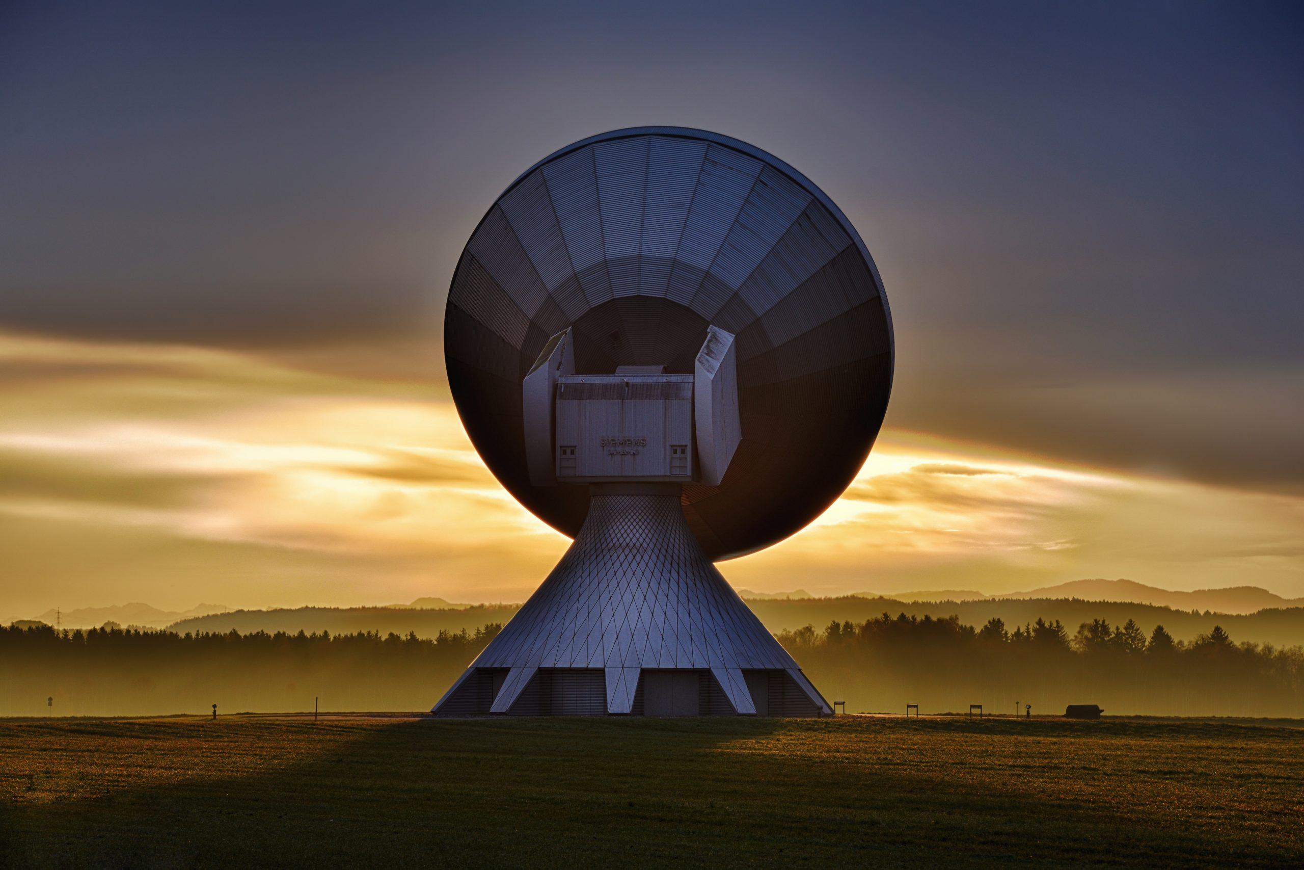 Satelity komunikacyjne a sieć 5G. Czy jeszcze ich potrzebujemy?