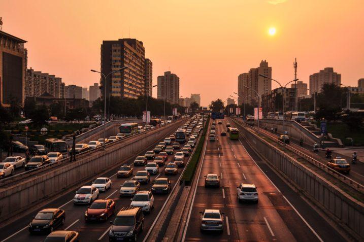 Czy sztuczna inteligencja może zamienić całe miasto w wielki fotoradar? 11