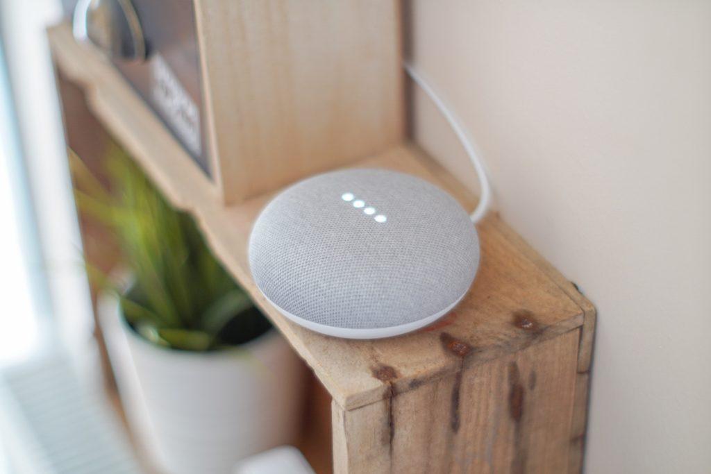 Google Home Mini (Asystent Google)