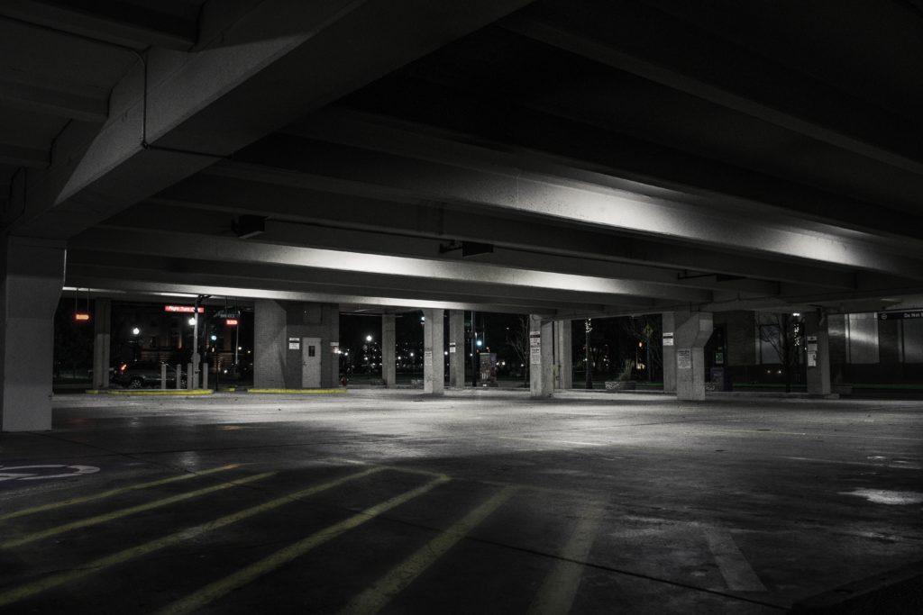Parking inteligentne oświetlenie