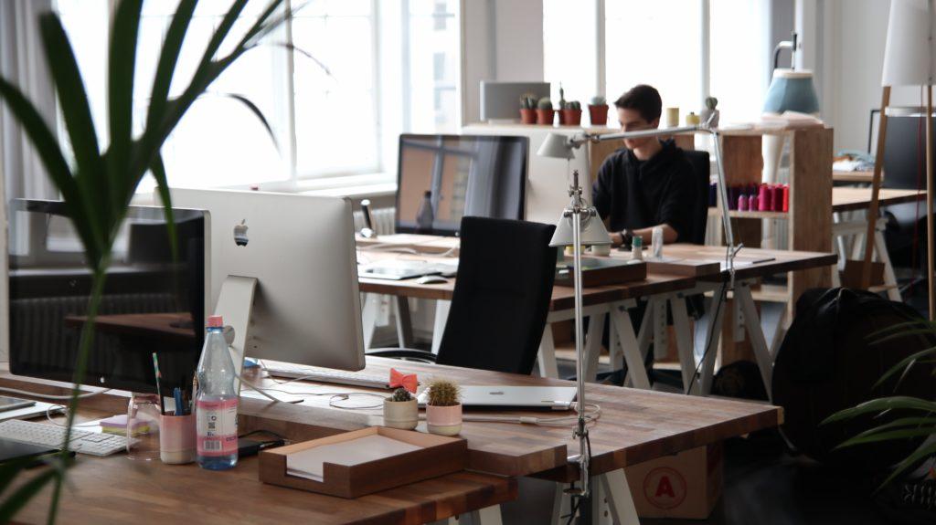 Cyfrowe bliźniaki - wirtualne odbicia prawdziwych biur