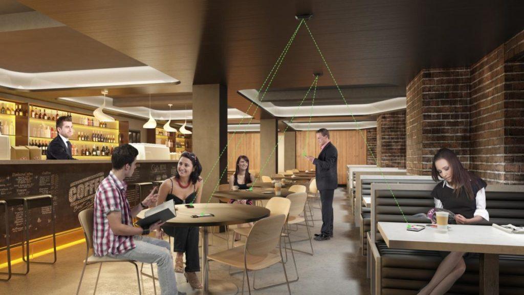 Nadajnik Wi-charge z technologią AirCord sprawdzi se w restauracji