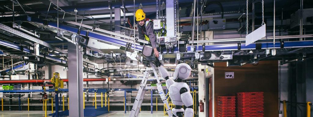 Robot ARMAR-6 pomaga człowiekowi