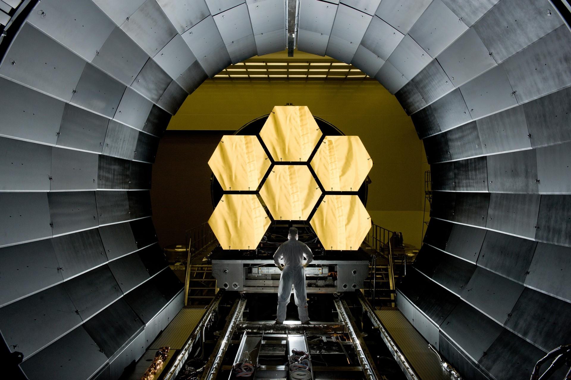 Kosmiczny Teleskop Jamesa Webba po raz kolejny z opóźnionym startem