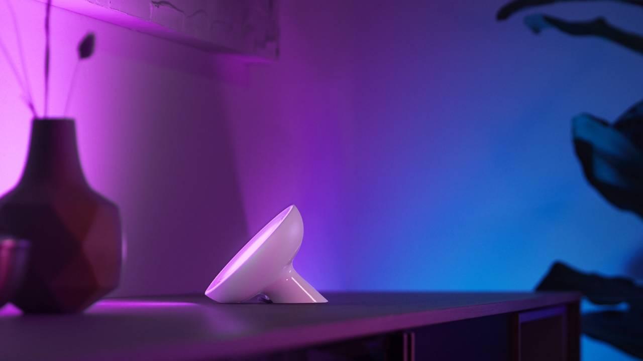 Philips wprowadza nowe produkty z serii Hue - w tym bardzo jasną żarówkę