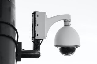 Amazon zabrania amerykańskiej policji użytkowania systemu rozpoznawania twarzy 8