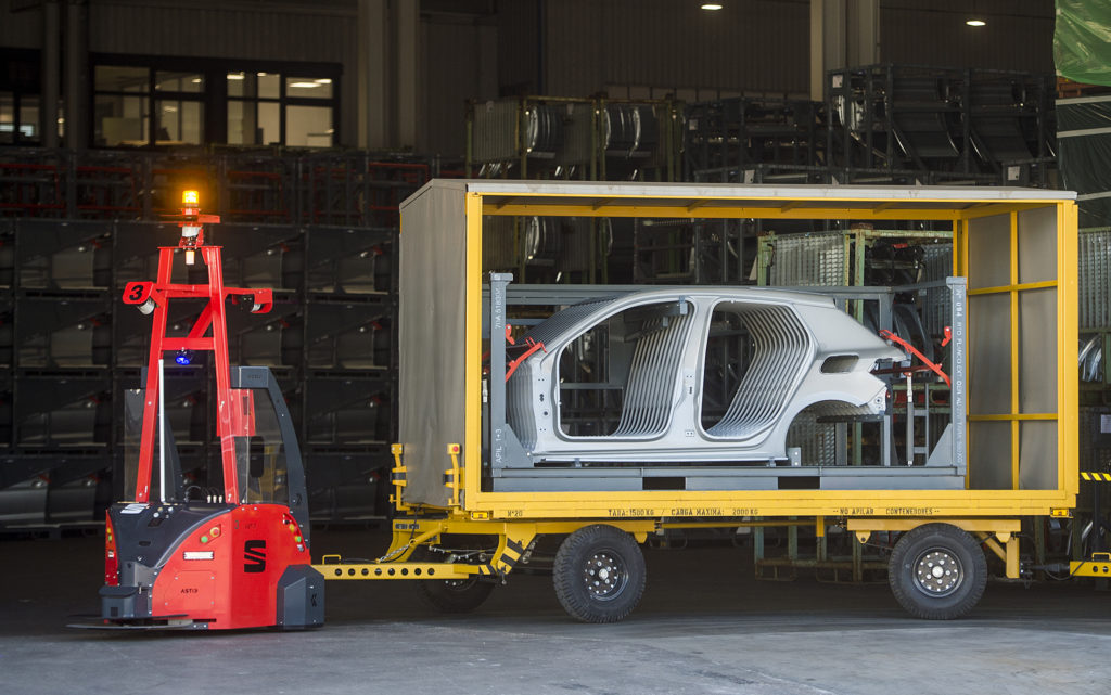 SEAT już wykorzystuje autonomiczne roboty w produkcji
