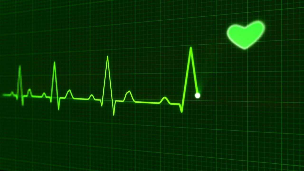 Puls Życia - opaska z ubezpieczeniem od AXA i Comarch pomoże w sytuacjach zagrożenia życia