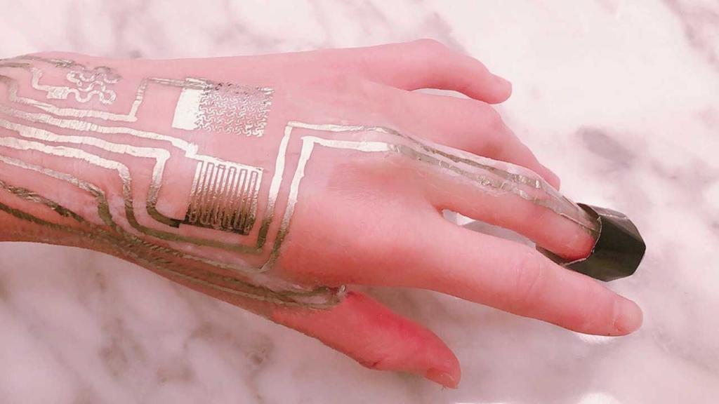 """Sensory """"drukowane"""" na skórze - to już rzeczywistość"""