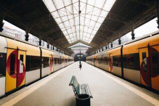 Panasonic ratuje słuchawki zgubione na stacjach kolejowych