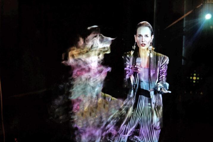 """Kora """"powraca"""" dzięki pomocy sztucznej inteligencji i hologramu"""