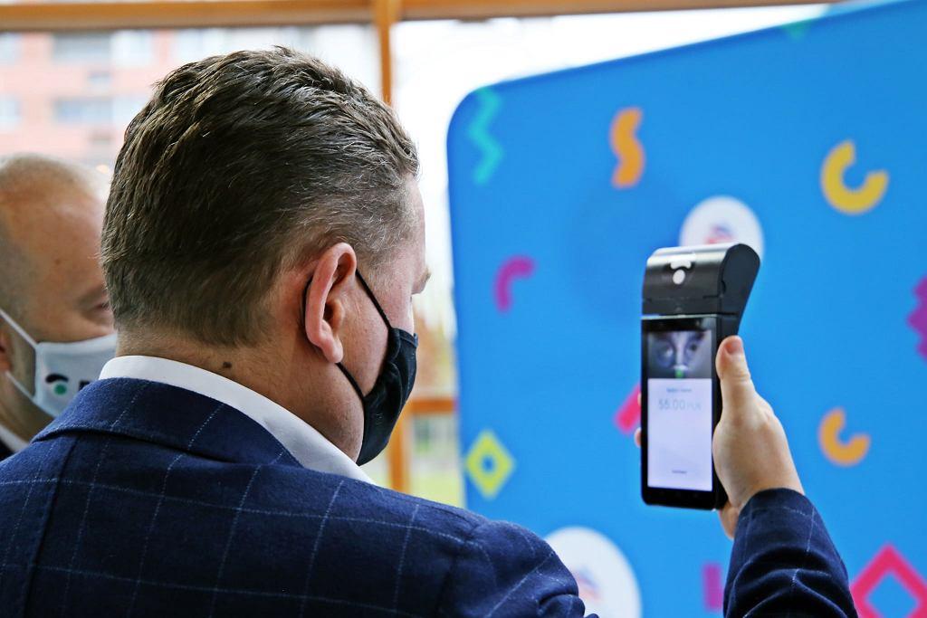 Aquapark we Wrocławiu jest pierwszym na świecie, który skorzysta z takiej biometrycznej metody płatności. Wszystko dzięki PayEye. (fot. Aquapark Wrocław)