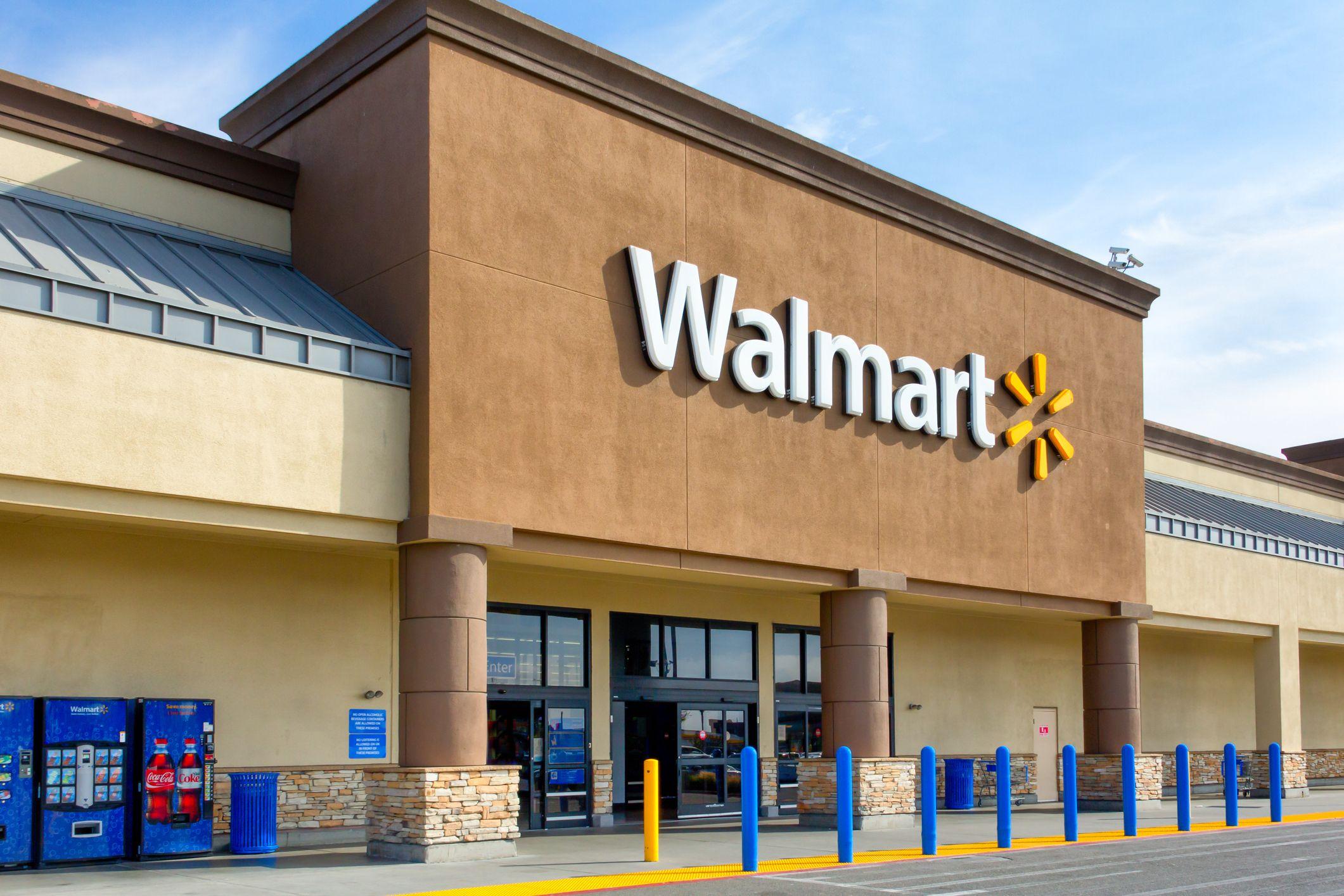 Walmart chce dostarczać zamówienia z supermarketów do punktów odbiorów poprzez autonomiczne ciężarówki (fot. Walmart)