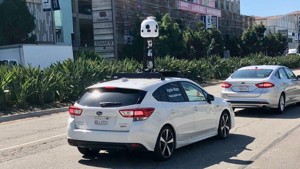 System monitorowania okolicy przy użyciu wielu kamer znany są m.in. z Apple Maps, czy Google Maps