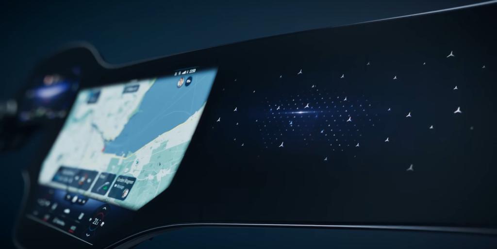 56-calowy ekran i sztuczna inteligencja... w Mercedesie EQS