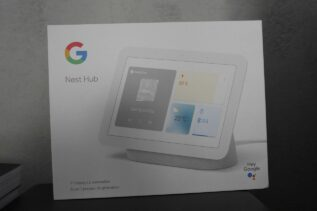 Google Nest Hub 2 / fot. Kacper Żarski (oiot.pl)