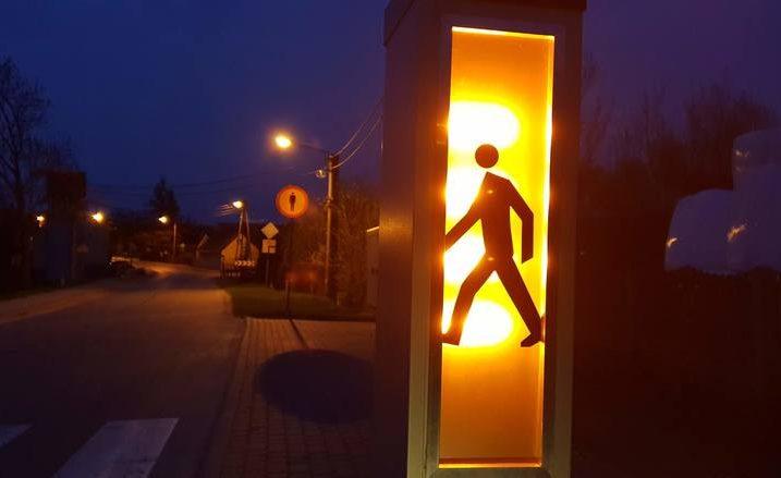 Inteligentne przejście dla pieszych rodem z Zimnej Wódki podbije świat?
