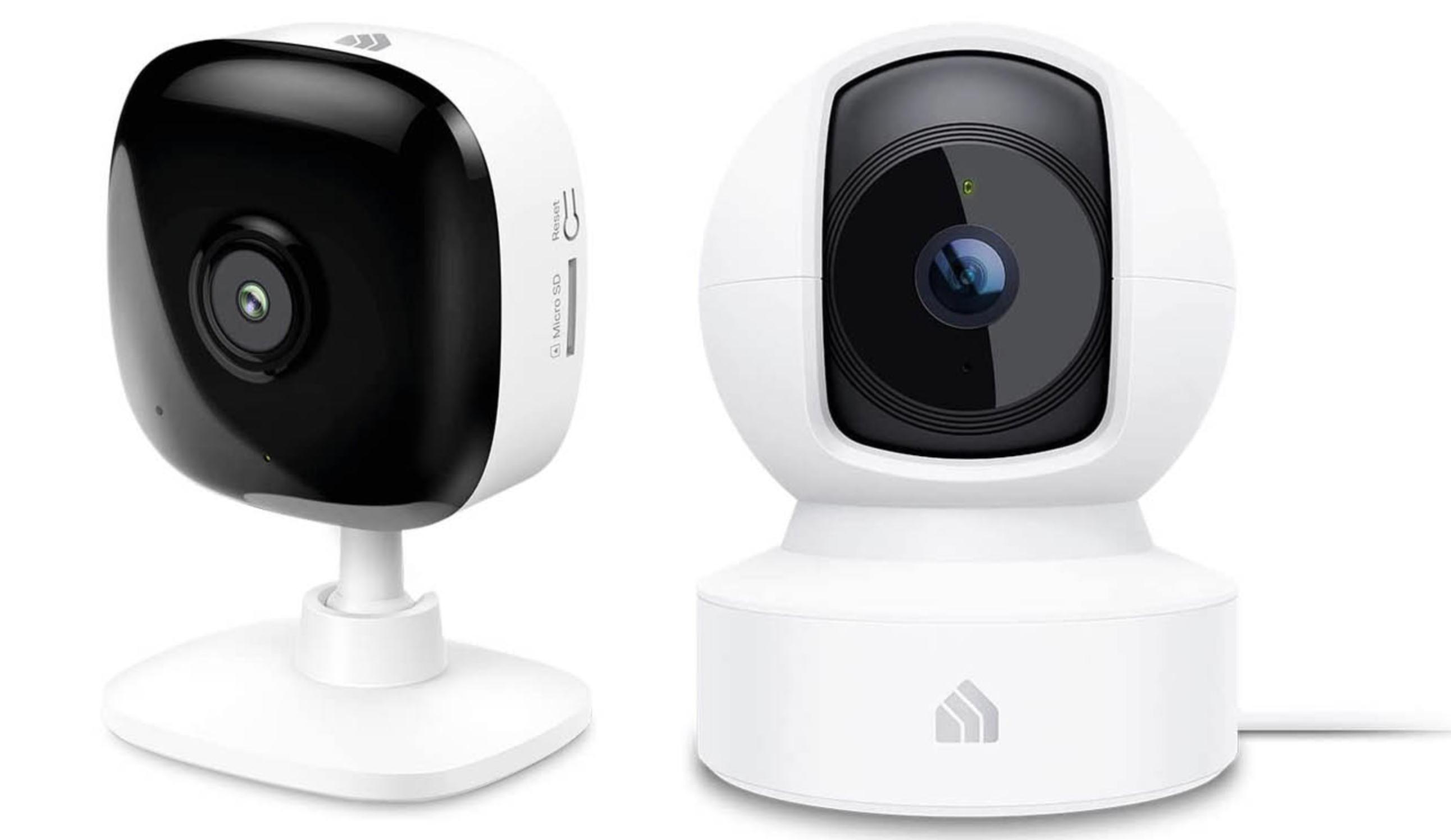 Obrazek przedstawia dwie kamery od TP-Link: Kasa Spot KC400 z lewej strony i Kasa Spot KC410S z prawej strony.