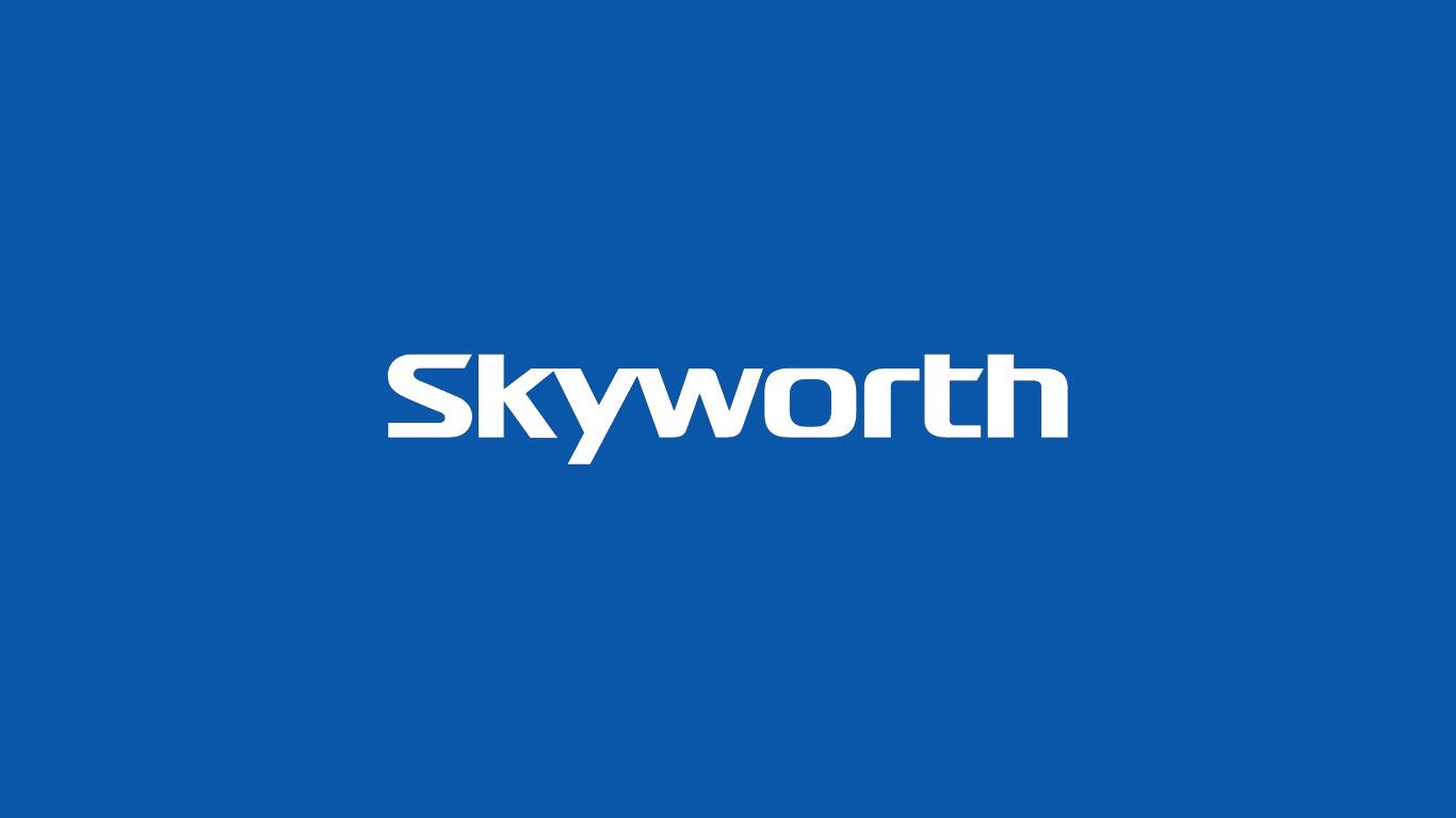 Obrazek przedstawia logo firmy Skyworth.