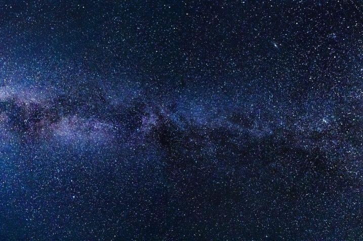 AI może symulować wszechświat za pomocą GPU