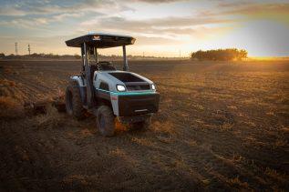 Autonomiczne ciągniki przyszłością rolnictwa?