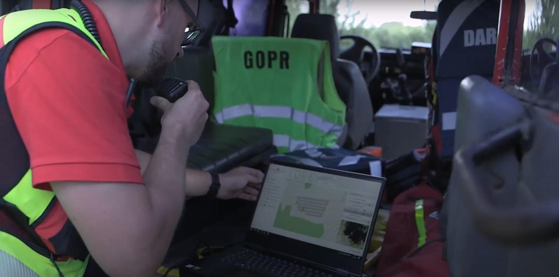 Historia pisze się na naszych oczach: dron z polskim oprogramowaniem SARUAV uratował życie człowiekowi!