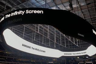 Samsung The Infinity: czy warto przyjść na stadion dla samego telebimu?