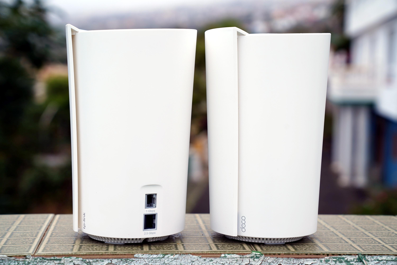 Jak poradzić sobie z internetem w wielkim domu? Recenzja Deco X90 (AX6600) w akompaniamencie routera AX11000