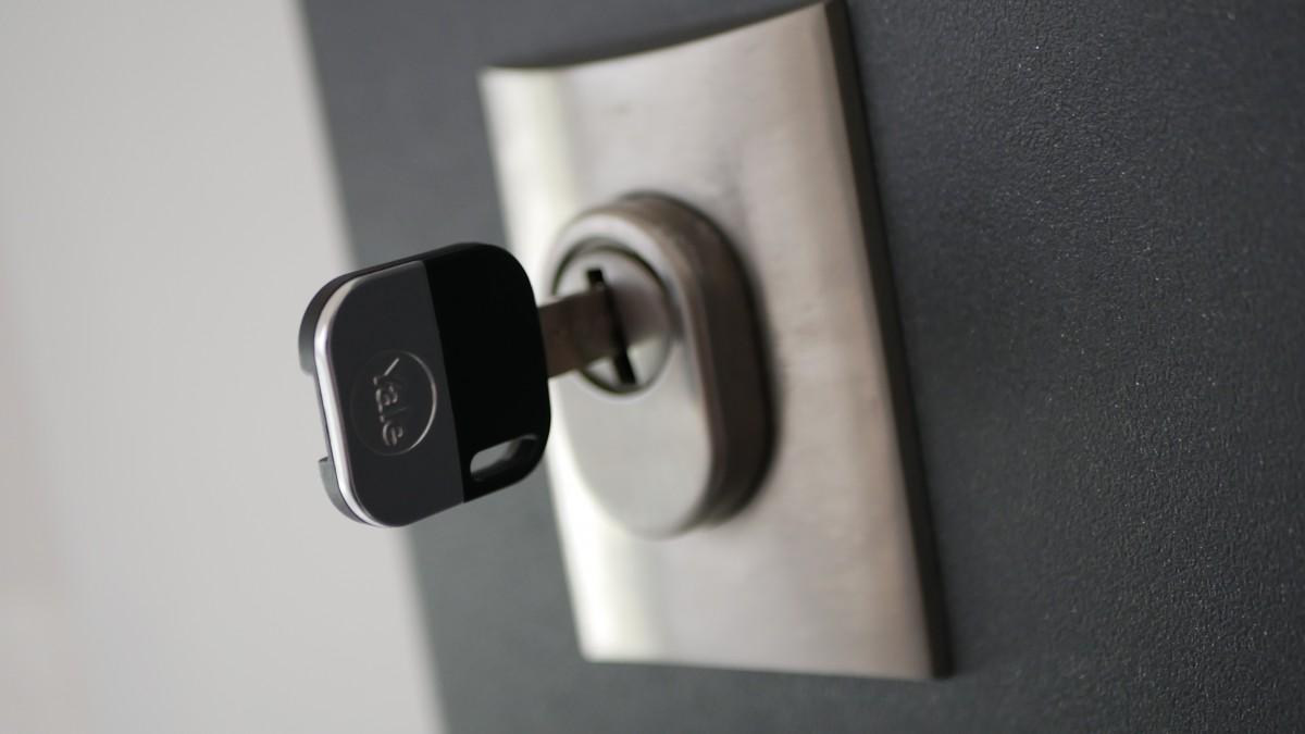 Yale Linus Smart Lock / fot. Kacper Żarski (oiot.pl)