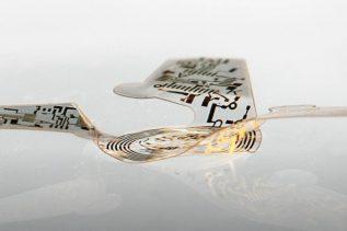 Do czego przyda się latający mikrochip w kształcie nasiona?