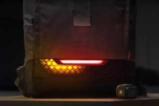 Torch by UNIT 1 - plecak rowerowy z kierunkowskazami